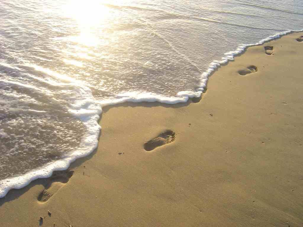 footprints-child