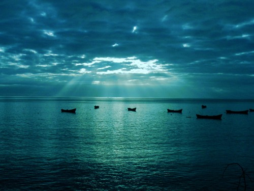 blue-sea_00400939